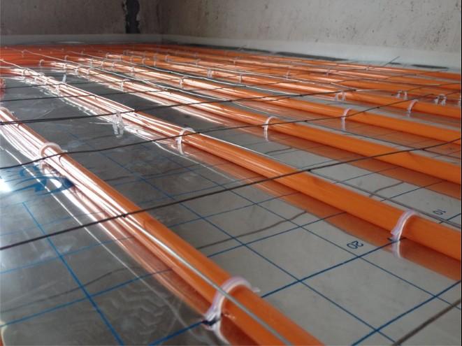 黄铜不锈钢_地暖施工图片--官方网站 杭州热家暖通设备有限公司